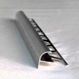 Ugaona lajsna za stepenište 10mm srebro mat